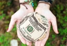Линия на парите