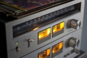 Радио и телевизия в сънищата