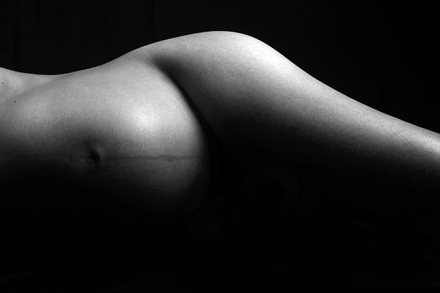 Съвети за спокоен сън по време на бременност