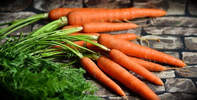 Морковът : спец по очи и кожа
