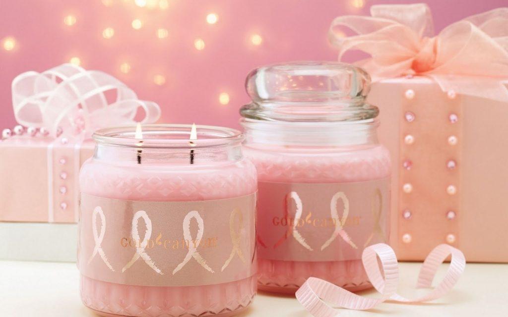 Розови свещи