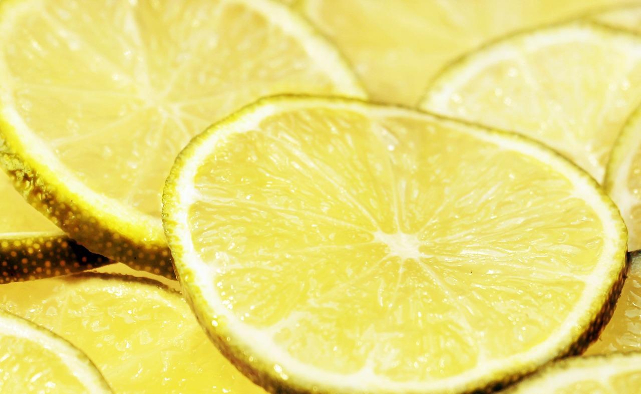 Изпитани илачи за болки и екземи - Лимон