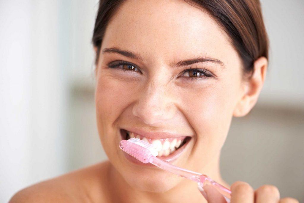 Избавете се от лошия дъх - миенето на зъбите
