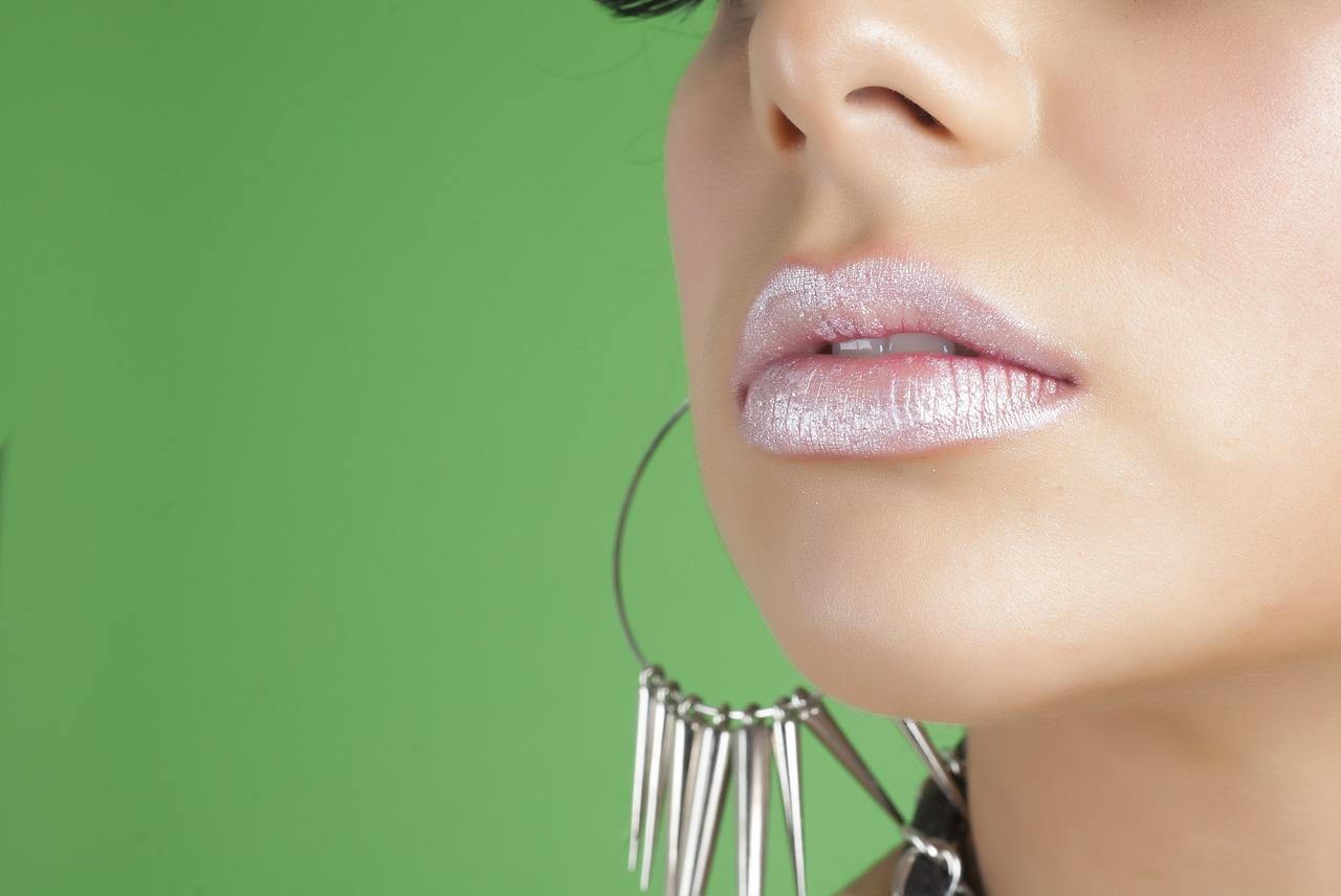Напукани устни - Тялото дава сигнали за болестите