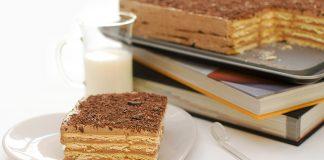 Много вкусна бисквитена торта