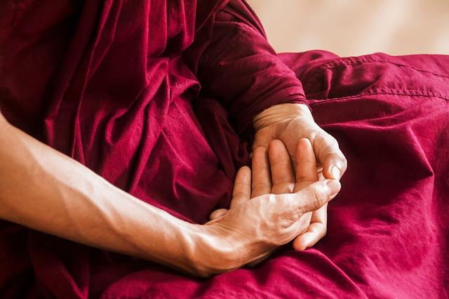 Медитацията облекчава болката