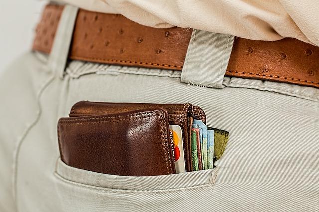 Подреждайте парите внимателно в портфейла