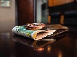 Поверия за пари