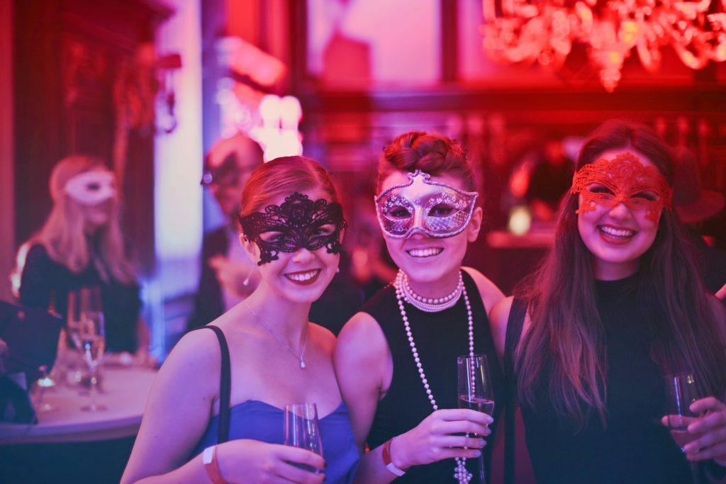 парти за хелоуин