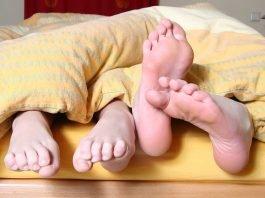 Фитнес в кревата - можем ли да отслабнем