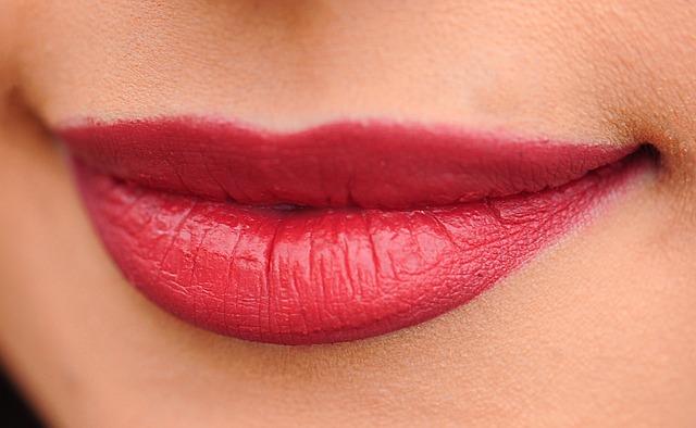 Домашна козметика за устни