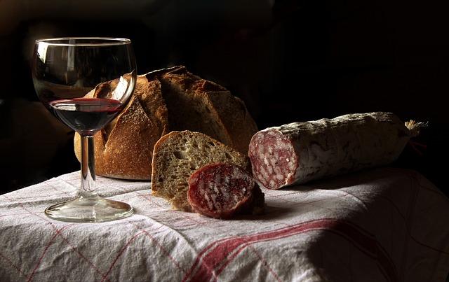 Меси се хляб - пресен или квасник