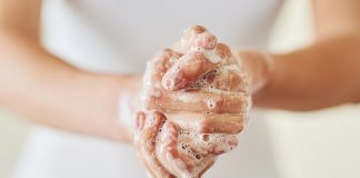 Вода и сапун вместо антибактериални миещи средства