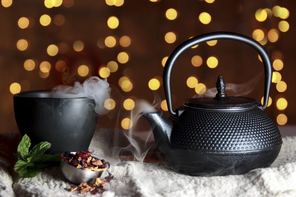 Чай + минимална храна = пълноценно хранене