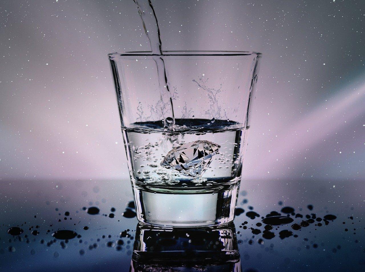 диамантена вода