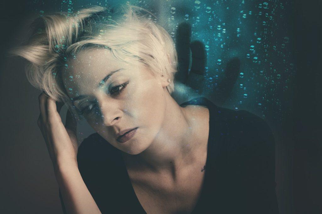 Защо изпитваме тревожност и стрес?