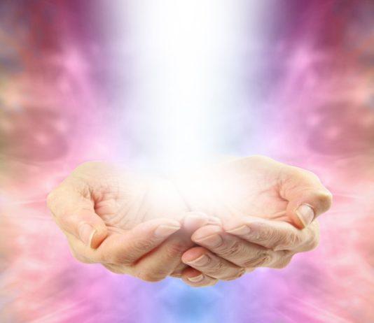 лечение с длани