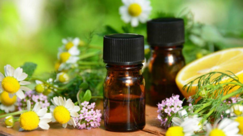Лечение с етерични масла