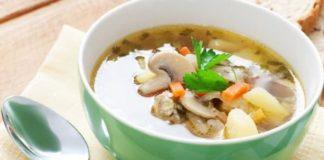 Супа с кисело зеле и гъби