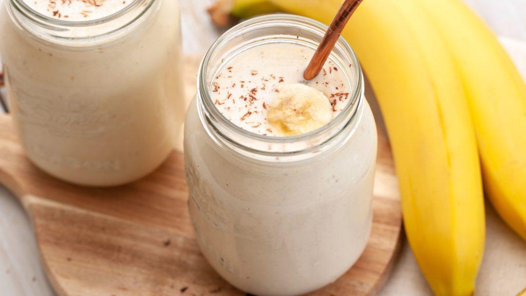Мляко и банан