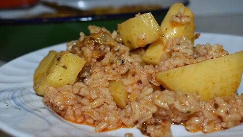 Картофи с ориз или булгур